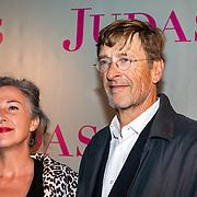 NLD/Amsterdam/20180920 - Premiere Judas, Ferry Mingelen en partner