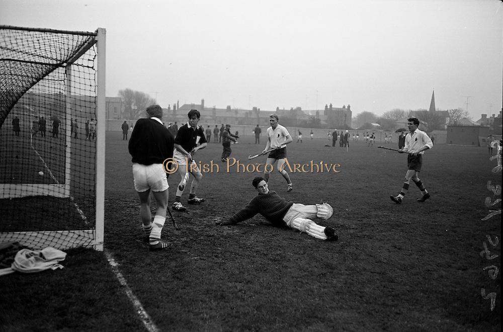 21/11/1964<br /> 11/21/1964<br /> 21 November 1964<br /> <br /> Hockey Ulster V. Connacht at Londonbridge Rd.<br /> <br /> Connacht Keeper David Begg the keeper for Connacht just misses a shot