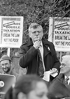 Councellor Joe Higgins Chairman of the Federation of Dublin Anti-Water Charges campaigns outside Rathfarnham Court, circa November 1995 (Part of the Independent Newspapers Ireland/NLI Collection).