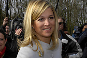 28-02-2008 Biddinghuizen Princess Maxima buried timecapsules in the Climateforest of Natuurmonumenten in Biddinghuizen.<br />