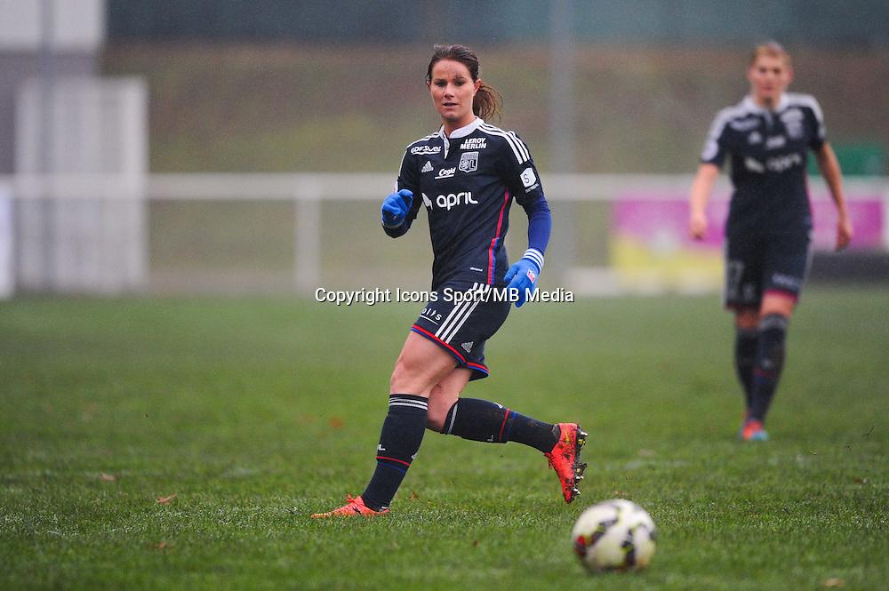 Amandine HENRY  - 03.12.2014 - Saint Etienne / Lyon - 11eme journee de Division 1<br /> Photo : Thomas Pictures / Icon Sport