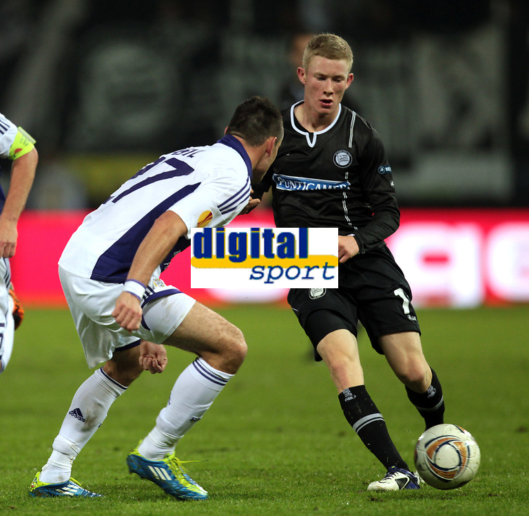 Fotball<br /> Østerrike<br /> Foto: Gepa/Digitalsport<br /> NORWAY ONLY<br /> <br /> <br /> 20.10.2011<br /> UEFA Europa League, Gruppenphase, SK Sturm Graz vs RSC Anderlecht. <br /> <br /> Bild zeigt Marcin Wasilewski (Anderlecht) und Florian Kainz (Sturm).