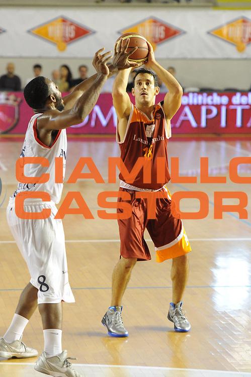 DESCRIZIONE : Roma Lega A 2011-12 Virtus Roma Angelico Biella<br /> GIOCATORE : Antonio Maestranzi<br /> CATEGORIA : tiro<br /> SQUADRA : Virtus Roma<br /> EVENTO : Campionato Lega A 2011-2012<br /> GARA : Virtus Roma Angelico Biella<br /> DATA : 16/10/2011<br /> SPORT : Pallacanestro<br /> AUTORE : Agenzia Ciamillo-Castoria/GiulioCiamillo<br /> Galleria : Lega Basket A 2011-2012<br /> Fotonotizia : Roma Lega A 2011-12 Virtus Roma Angelico Biella<br /> Predefinita :