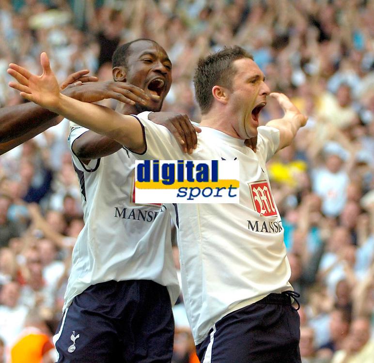 Photo: Ed Godden/Sportsbeat Images.<br /> Tottenham Hotspur v Arsenal. The Barclays Premiership. 21/04/2007. Spurs' Robbie Keane celebrates scoring the opening goal with team mate Didier Zokora (L).