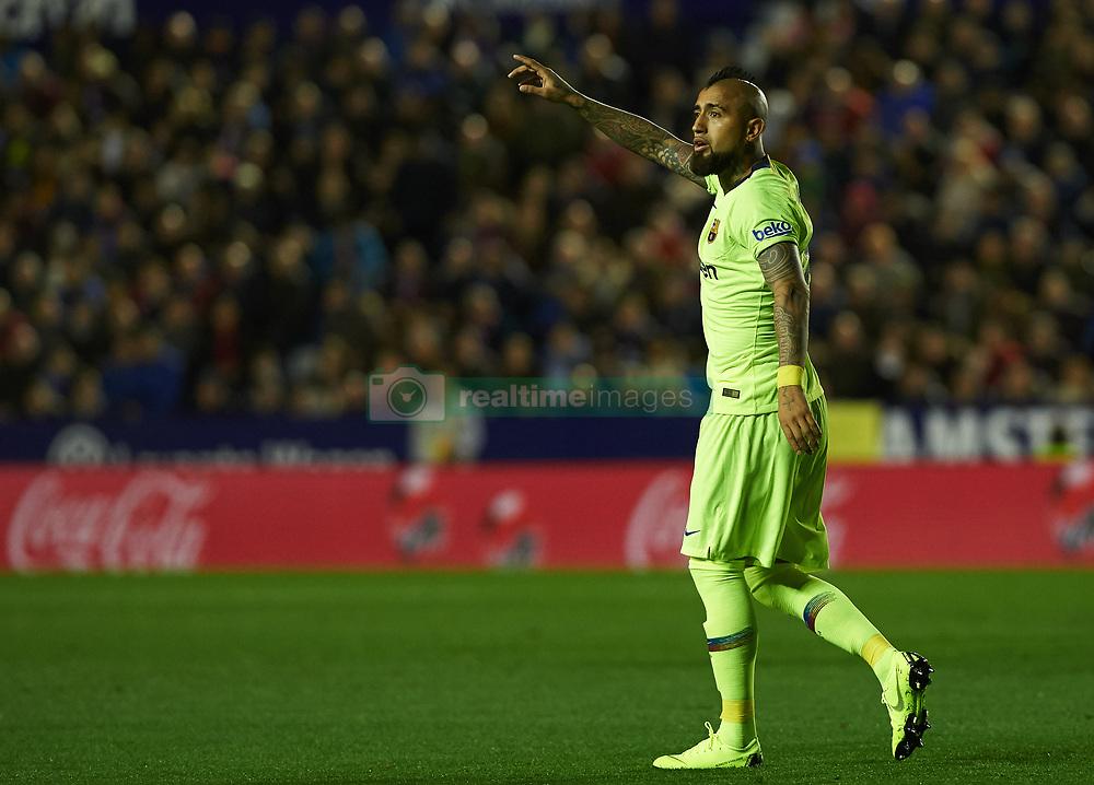 صور مباراة : ليفانتي - برشلونة 0-5 ( 16-12-2018 )  20181216-zaa-a181-003