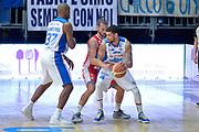 DESCRIZIONE : Cantu' Lega A 2014-15 <br /> Acqua Vitasnella Cantù vs Consultinvest Pesaro<br /> GIOCATORE : James Feldeine<br /> CATEGORIA : Controcampo difesa<br /> SQUADRA : Acqua Vitasnella Cantù<br /> EVENTO : Campionato Lega A 2014-2015 GARA :Acqua Vitasnella Cantù vs Consultinvest Pesaro<br /> DATA : 03/05/2015 <br /> SPORT : Pallacanestro <br /> AUTORE : Agenzia Ciamillo-Castoria/IvanMancini<br /> Galleria : Lega Basket A 2014-2015 Fotonotizia : Cantu' Lega A 2014-15 Acqua Vitasnella Cantù vs Consultinvest Pesaro<br /> Predefinita: