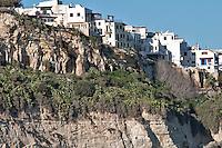 Vieste (Vist in dialetto viestano) è un comune italiano di 13.827 abitanti della provincia di Foggia, in Puglia. Stazione balneare garganica, per la qualità delle sue acque di balneazione è stata più volte insignita della Bandiera Blu dalla Foundation for Environmental Education. Fa parte del Parco Nazionale del Gargano e della Comunità Montana del Gargano.