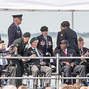 NLD/Terneuzen/20190831 - Start viering 75 jaar vrijheid, Nederlandse oorlogsveteraan orlogsveteraan Max Wolff , Amerikaanse Oorlogsveteraan Matthew Brown en Britse Roy Maxwel en Dan White
