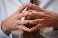 09 JAN 2009, BERLIN/GERMANY:<br /> Haende von Frank-Juergen Weise, Praesident der Bundesanstalt fuer Arbeit, BfA, waehrend einem Interview, in seinem Buero, Bundesanstalt fuer Arbeit Berlin<br /> IMAGE: 20090109-02-001<br /> KEYWORDS: Frank-J&uuml;rgen Weise, H&auml;nde, Hand