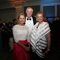 Lisa and Jay Nouss, Cindy Brinkley