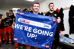Free to use courtesy of Sky Bet - John Fleck of Sheffield United celebrates winning promotion to the Sky Bet Championship - Mandatory by-line: Robbie Stephenson/JMP - 08/04/2017 - FOOTBALL - Sixfields Stadium - Northampton, England - Northampton Town v Sheffield United - Sky Bet League One