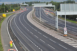 © Licensed to London News Pictures. 16/09/2018<br /> AYLESFORD, UK.<br /> Junction 5 looking towards London.<br /> The M20 in Kent remains closed this morning between J4-J6 while work to dismantle and remove Teapot Lane footbridge at Aylesford continues. Diversions are in place as the motorway looks deserted.The works are part of the project to turn the stretch of the M20 into a smart motorway.<br /> Photo credit: Grant Falvey/LNP