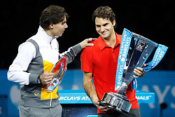 25.11.2010, Marriott Country Hall, London, ENG, ATP World Tour Finals, im Bild Federer, Roger (SUI) and Nadal, Rafael (ESP), EXPA/ InsideFoto/ Semedia+++++ ATTENTION - FOR AUSTRIA/AUT, SLOVENIA/SLO, SERBIA/SRB an CROATIA/CRO CLIENT ONLY +++++