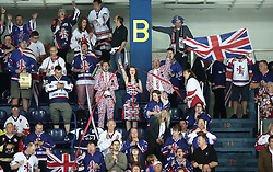 18.04.2016, Dom Sportova, Zagreb, CRO, IIHF WM, England vs Estland, Division I, Gruppe B, im Bild Fans // during the 2016 IIHF Ice Hockey World Championship, Division I, Group B, match between England and Estonia at the Dom Sportova in Zagreb, Croatia on 2016/04/18. EXPA Pictures © 2016, PhotoCredit: EXPA/ Pixsell/ Sanjin Strukic<br /> <br /> *****ATTENTION - for AUT, SLO, SUI, SWE, ITA, FRA only*****