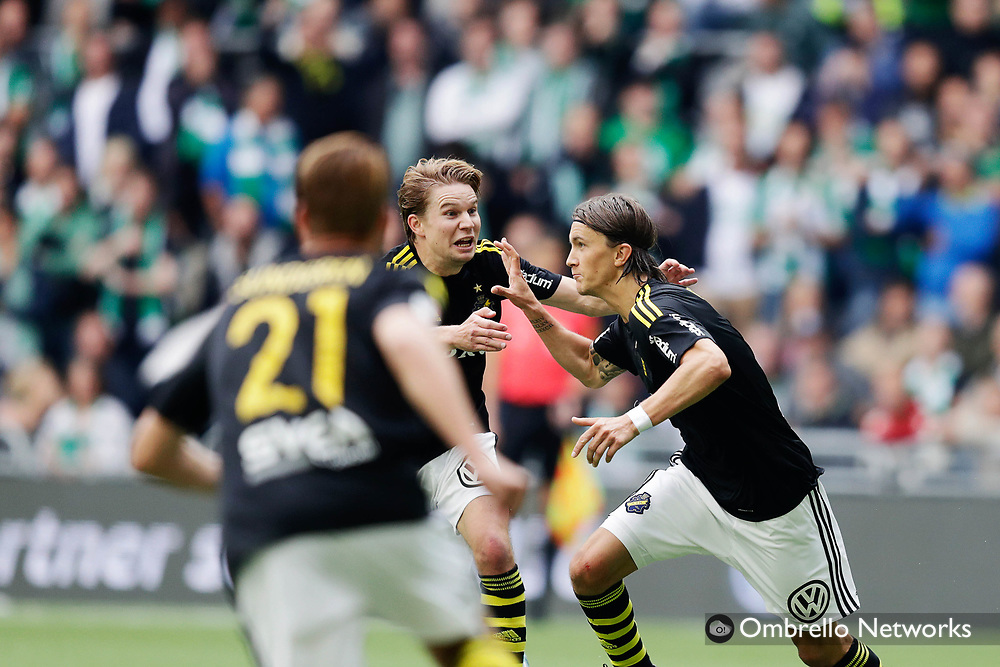 STOCKHOLM, SWEDEN - SEPTEMBER 10: Kristoffer Olsson of AIK celebrates after scoring to 1-1 during the Allsvenskan match between Hammarby IF and AIK at Tele2 Arena on September 10, 2017 in Stockholm, Sweden. Foto: Nils Petter Nilsson/Ombrello