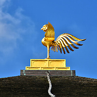 Phoenix Atop Golden Pavilion at Kinkaku-ji in Kyoto, Japan<br />