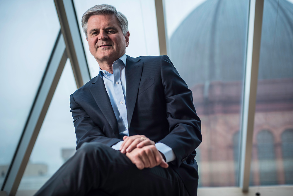 WASHINGTON, DC -- 5/30/17 -- Steve Case, is the Chair and CEO of Revolution LLC, which funds companies and entrepreneurs in communities outside of Silicon Valley. He is also the co-founder of America Online and is a billionaire.…by André Chung #_AC20325