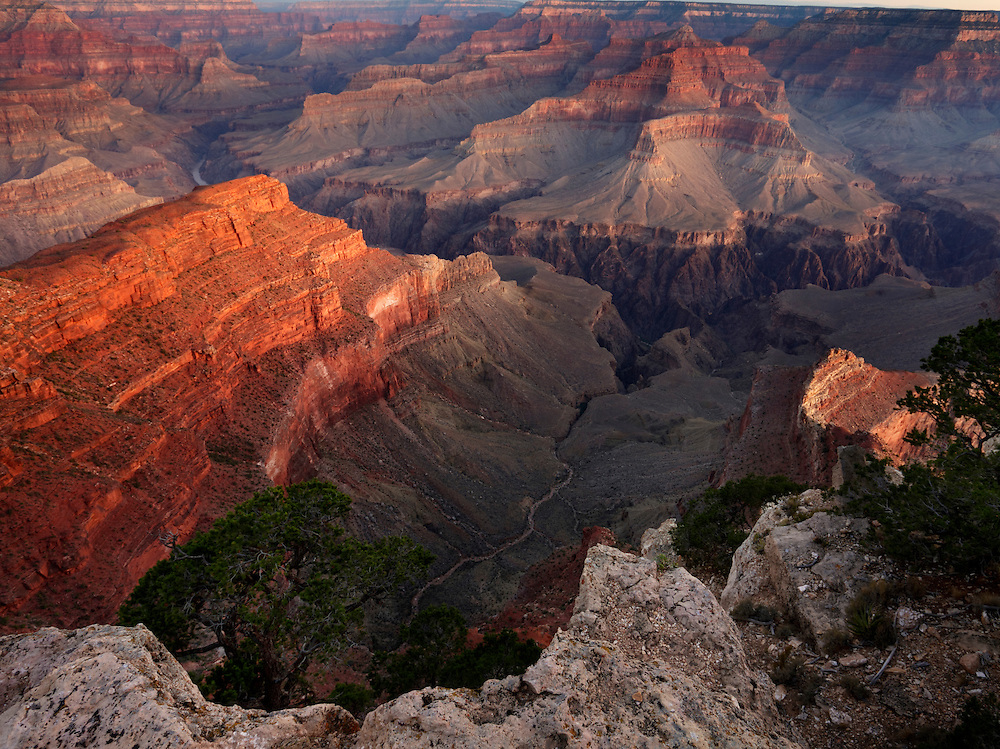 Vista al amanecer desde Hopi Point, Grand Canyon National Park, Arizona (Estados Unidos)