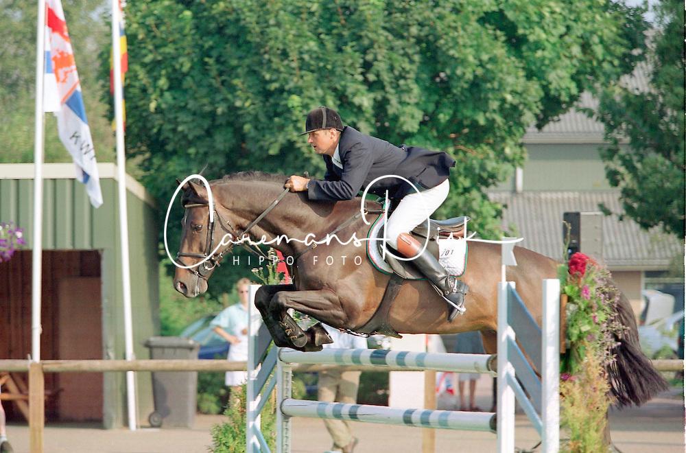 Geeroms Eric Willemsz-Murano<br />KWPN Paardendagen 2001<br />Photo &copy; Dirk Caremans