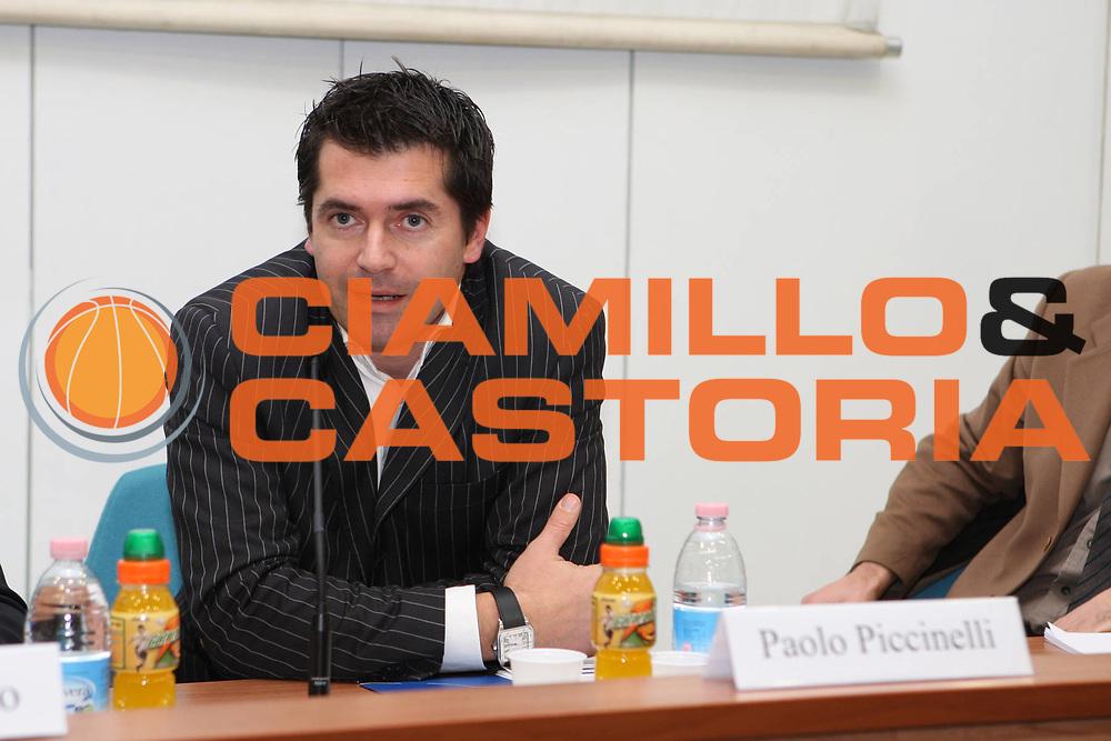 DESCRIZIONE : Roma Lega A 2009-10 IV Corso di Formazione Obiettivo Giovani Lottomatica Virtus Roma<br /> GIOCATORE : Paolo Piccinelli<br /> SQUADRA : <br /> EVENTO : Campionato Lega A 2009-2010 <br /> GARA : <br /> DATA : 08/02/2010<br /> CATEGORIA : Ritratto<br /> SPORT : Pallacanestro <br /> AUTORE : Agenzia Ciamillo-Castoria/GiulioCiamillo<br /> Galleria : Lega Basket A 2009-2010 <br /> Fotonotizia : Roma Campionato Italiano Lega A 2009-2010 Lottomatica Virtus Roma<br /> Predefinita :