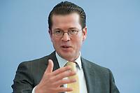 12 APR 2010, BERLIN/GERMANY:<br /> Karl-Theodor zu Guttenberg, CDU, Bundesverteidigungsminister, waehrend einer Pressekonferenz zur Vorstellung der Strukturkommission der Bundeswehr, Bundespressekonferenz<br /> IMAGE: 20100412-01-022