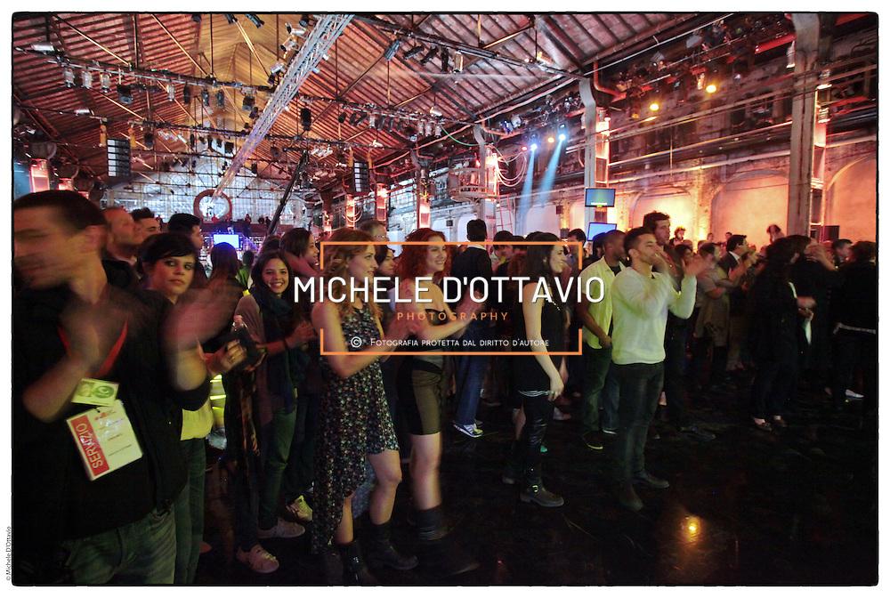 """Alle ex  Officine Grandi Ripazioni di Torino,.""""Quello che (non) ho"""", trasmissione di Fazio e Saviano in onda su La7 ."""