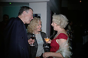 John Watts, Hayley Mills and Susie Blake, Cast change for Wicked. Apollo Victoria theatre. After party at Park Plaza Victoria. 12 April 2007.  -DO NOT ARCHIVE-© Copyright Photograph by Dafydd Jones. 248 Clapham Rd. London SW9 0PZ. Tel 0207 820 0771. www.dafjones.com.