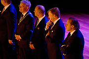 Koning Willem-Alexander bij de opening van het nieuwe Tivoli Vredenburg concert gebouw in Utrecht. Het nieuwe gebouw heeft 5 concertzalen.<br /> <br /> King Willem-Alexander at the opening of the new Tivoli Vredenburg concert building in Utrecht. The new building has 5 concerthalls. <br /> <br /> Op de foto / On the photo:  Koning Willem-Alexander kijkt naar een intiem optreden van Wende Snijders<br /> <br /> King Willem-Alexander looks at an intimate performance by Wende Snijders