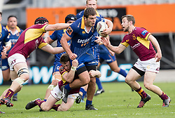 Otago's Dillon Hunt, centre, makes a run against Southland in the Mitre 10 Cup rugby match, Forsyth Barr Stadium, Dunedin, New Zealand, Sunday, October 14 2017.  Credit:SNPA / Adam Binns ** NO ARCHIVING**