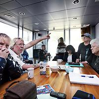 Nederland, Amsterdam , 9 april 2014.<br /> Het GVB-huisje in Oost dat bezet is door buurtbewoners.<br /> Stadsdeel Oost steunt de bewoners die in de architectenbuurt een leegstaand eindpunthuisje van het GVB in gebruik hebben genomen, maar steekt er geen geld in. Het GVB noemt de bezetting een kraakactie, heeft aangifte gedaan en overweegt een kort geding aan te spannen.<br /> <br /> <br /> Het is de bedoeling dat het elders wordt opgebouwd. Afschrijven is kapitaalvernietiging<br /> 'Dit is een doelbewuste kraakactie om vastgoed van een ander goedkoop in bezit te krijgen en te exploiteren voor onder meer cursussen', aldus een GVB-woordvoerder. Buurtbewoner Peter Gualterus, van de stichting Blije Buren, ziet het innemen niet als kraken of antikraken maar 'als het in beheer nemen'. <br /> <br /> Foto:Jean-Pierre Jans