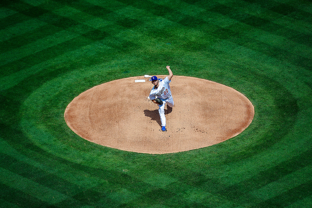 Los Angeles Dodgers starting pitcher Clayton Kershaw throws a pitch against the San Diego Padres during the first inning of a baseball game, Monday, April 3, 2017, in Los Angeles. (AP Photo/Ryan Kang)