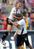 Fotball<br /> Tyskland<br /> 21.08.2010<br /> Foto: Witters/Digitalsport<br /> NORWAY ONLY<br /> <br /> Jubel v.l. Ivo Ilicevic, Torwart-Trainer Gerald 'Gerry' Ehrmann (Kaiserslautern)<br /> Bundesliga 1. FC Köln - 1. FC Kaiserslautern 1:3