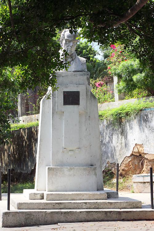 Statue in Arcos de Canasi, Mayabeque, Cuba.