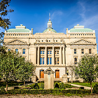 Indiana Statehouse State Capital Building picture. The Indiana Statehouse in located in downtown Indianapolis Indiana and was built in 1888. Picture is high resolution.