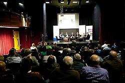 Poslusalci na okrogli mizi o izzivih slovenske kosarke na podrocju dela z mladimi, ki bodo v nekaj letih zastopali tudi barve slovenske vrhunske kosarke  v organizaciji drustva SportForum Slovenija, 4.  oktober 2010, Dvorana Mercurius, BTC, Ljubljana, Slovenija. (Photo by Vid Ponikvar / Sportida)