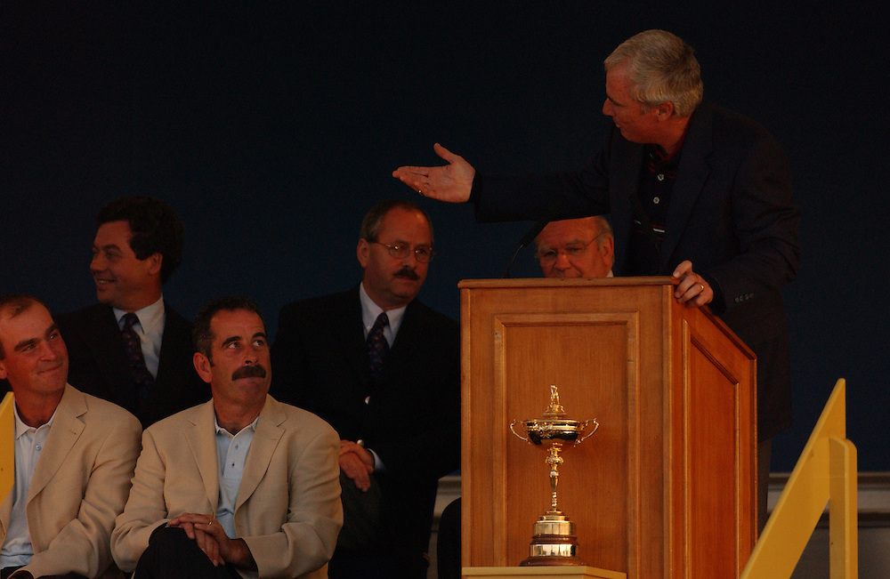 Sutton Coldfield, UK..2002 Ryder Cup..09/29/02, Sunday Closing Ceremonies..Photograph