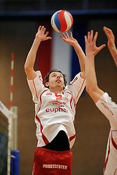 28-12-2009 VOLLEYBAL: UNICAJA ALMERIA - VC EUPHONY ASSE LENNIK: ALMELO<br /> Op het Ermasport Volleyball Classic 2009 wint Almeria met 2-1 van Lennik / Dirk Jan van Gendt<br /> ©2009-WWW.FOTOHOOGENDOORN.NL