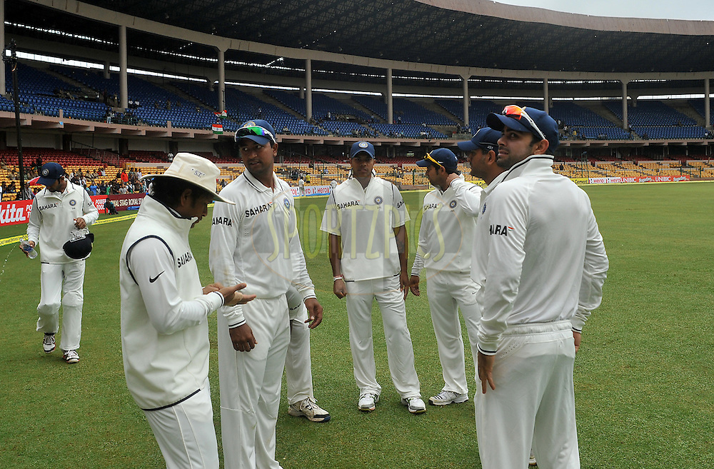 Team India during day two of the second test match between India and New Zealand held at the M. Chinnaswamy Stadium, Bengaluru on the 1st September 2012..Photo by Pal Pillai/BCCI/SPORTZPICS