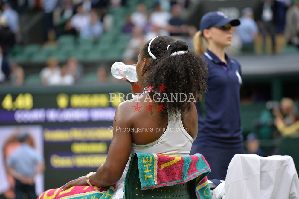 LONDON, ENGLAND - Monday, July 4, 2016:  Serena Williams (USA) during the Ladies' Single 4th Round match on day eight of the Wimbledon Lawn Tennis Championships at the All England Lawn Tennis and Croquet Club. (Pic by Kirsten Holst/Propaganda)
