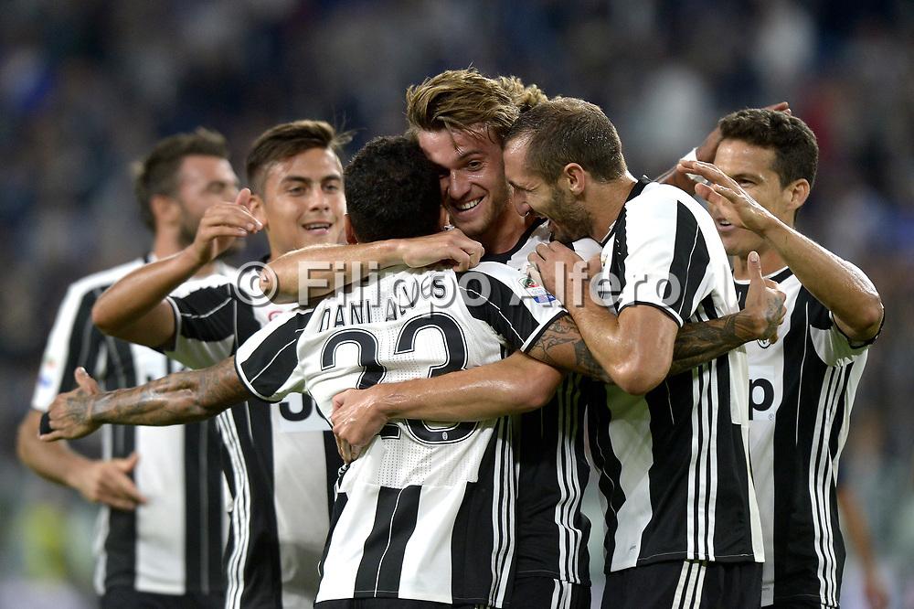 &copy; Filippo Alfero<br /> Juventus-Cagliari, Serie A 2016/2017<br /> Torino, 21/09/2016<br /> sport calcio<br /> Nella foto: