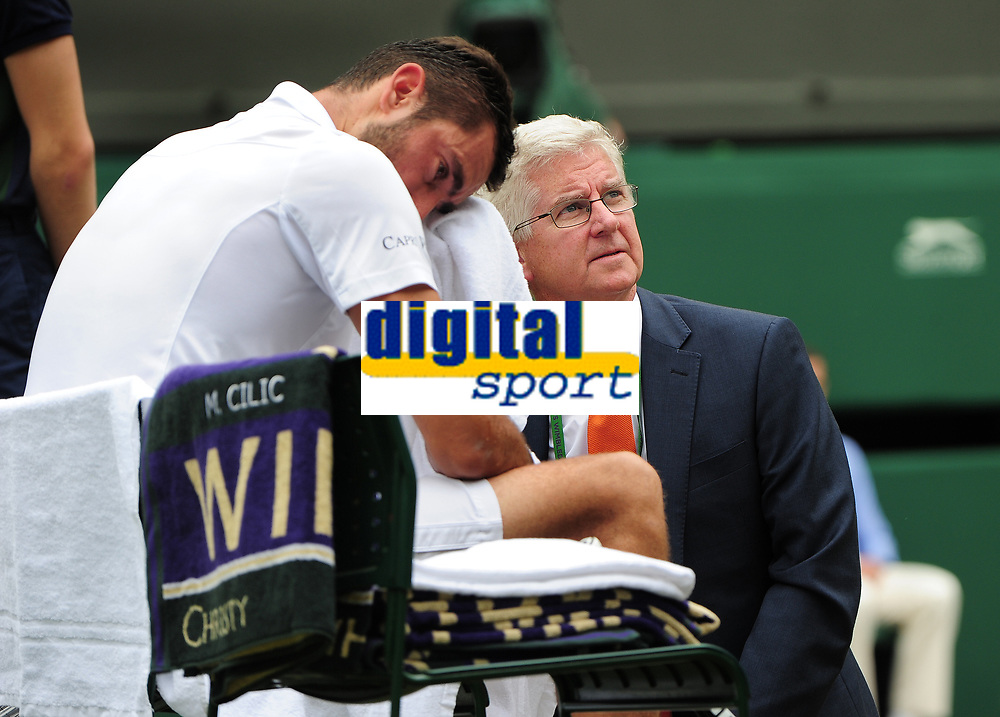 Tennis - 2017 Wimbledon Championships - Week Two, Sunday [Day Thirteen]<br /> 	<br /> Men Doubles Final match	<br /> <br /> Marin Cilic (CRO) vs Rodger Federer (SUI)<br /> 	<br /> Marin Cilic with for the Doctor on Centre court <br /> 	<br /> COLORSPORT/ANDREW COWIE