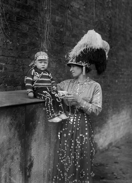 """Pearlies,"" Master and Miss Simmons, England, 1922"