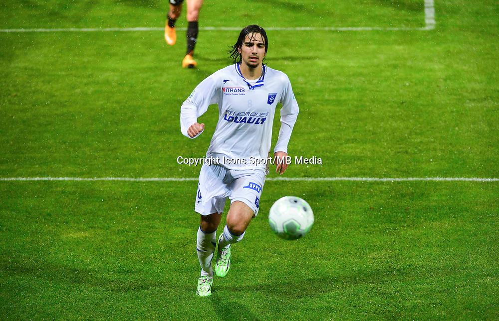 Samed KILIC   - 19.12.2014 - Auxerre / Niort - 18e journee Ligue 2<br /> Photo : Dave Winter / Icon Sport