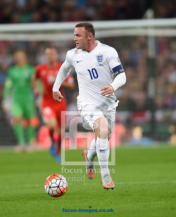 Wayne Rooney of England during the UEFA Euro 2016 Qualifying match at Wembley Stadium, London<br /> Picture by Daniel Hambury/Focus Images Ltd +44 7813 022858<br /> 08/09/2015