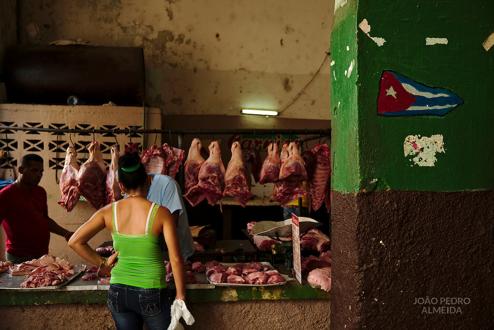 Butcher at the market of Cienfuegos