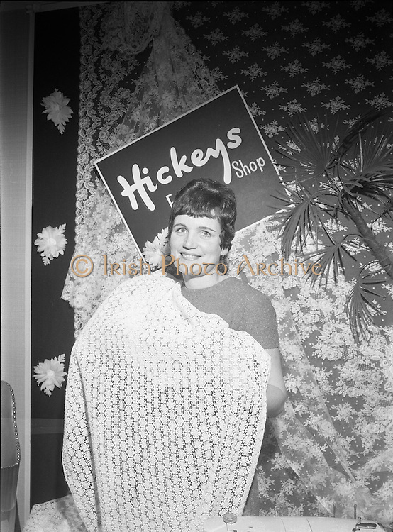 A presentation is made to the 'Bride of the Year' , Miss Bridget Flynn, at Hickeys, Abbey Street.<br /> 17.05.1968