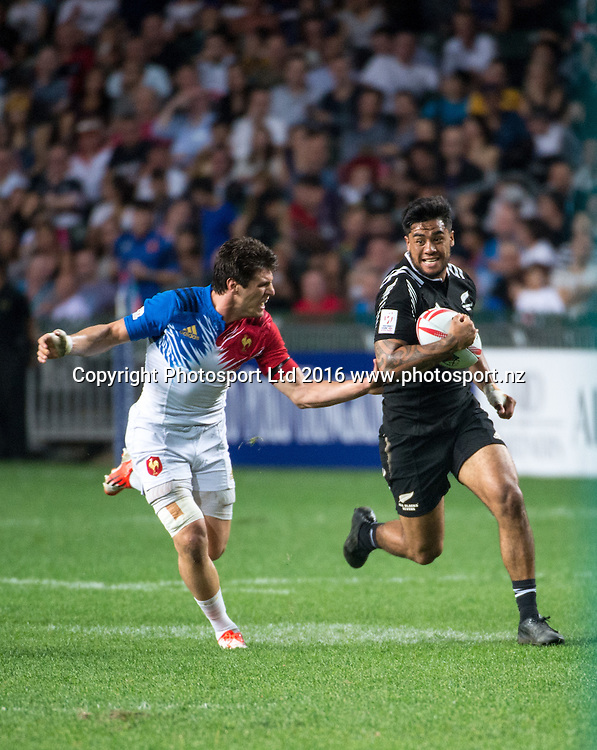 New Zealands Regan Ware during the New Zealand vs France Hong Kong Rugby 7's<br /> Copyright photo: Jayne Russell / www.photosport.nz
