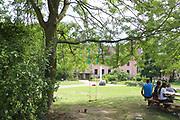 Mannheim. 14.07.17 | Spinelli<br /> Feudenheim. Spinelli. Ehemaliges US Areal wird derzeit als Fl&uuml;chtingsunterkunft verwendet. <br /> 2023 soll hier die Bundesgartenschau BUGA stattfinden.<br /> - Tag der offenen T&uuml;r.<br /> <br /> <br /> BILD- ID 0411 |<br /> Bild: Markus Prosswitz 14JUL17 / masterpress (Bild ist honorarpflichtig - No Model Release!)