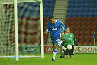 Fotball<br /> Foto: SBI/Digitalsport<br /> NORWAY ONLY<br /> <br /> Wigan Athletic v Crewe Alexandra.<br /> Coca-Cola Championship.<br /> <br /> 19/10/2004.<br /> <br /> Wigan's Lee McCulloch celebrates scoring the first goal