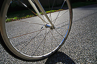 Rolling bicycle wheel